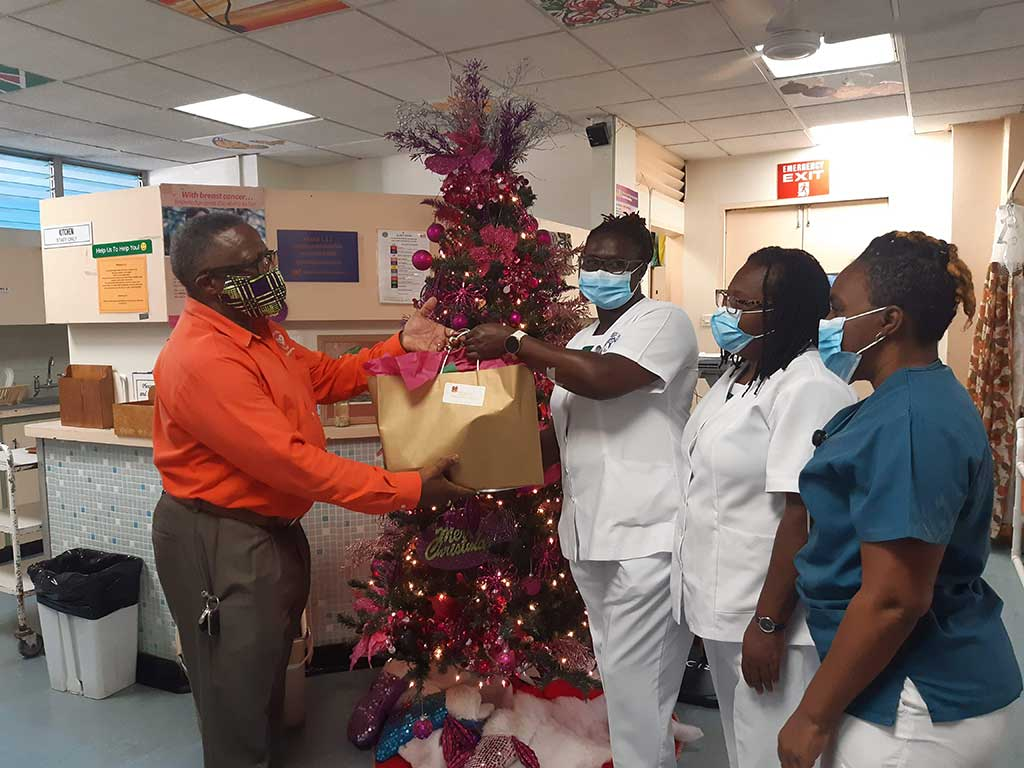 Cancer Support Services presents gifts to the nurses for the patients of Ward C12